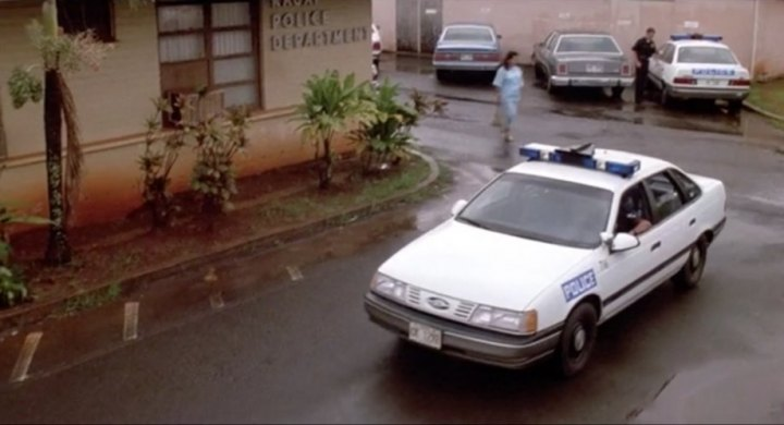 1990 Ford Taurus 'Police Package' [55A]