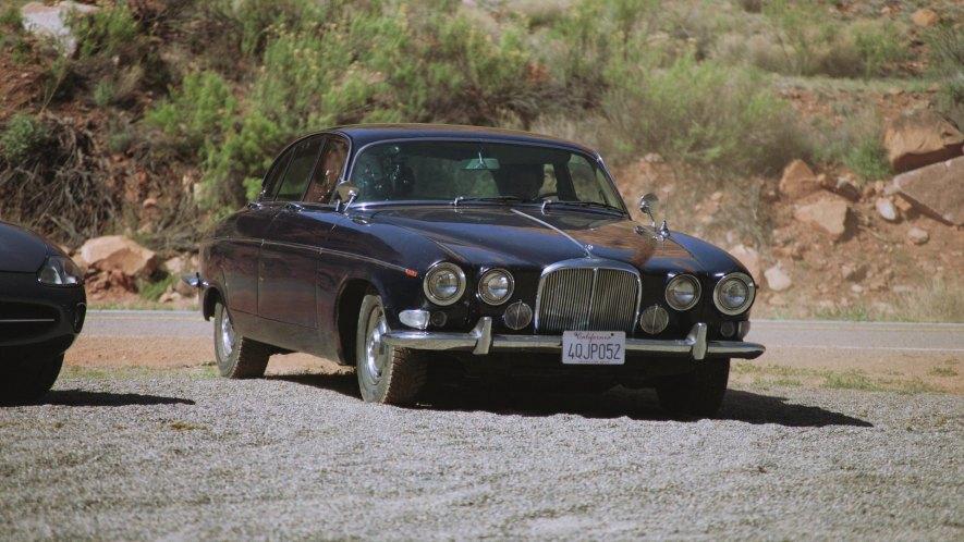 "Used Jaguar Xj >> IMCDb.org: 1967 Jaguar 420 G [Mk.X] in ""The Grand Tour, 2016-2018"""
