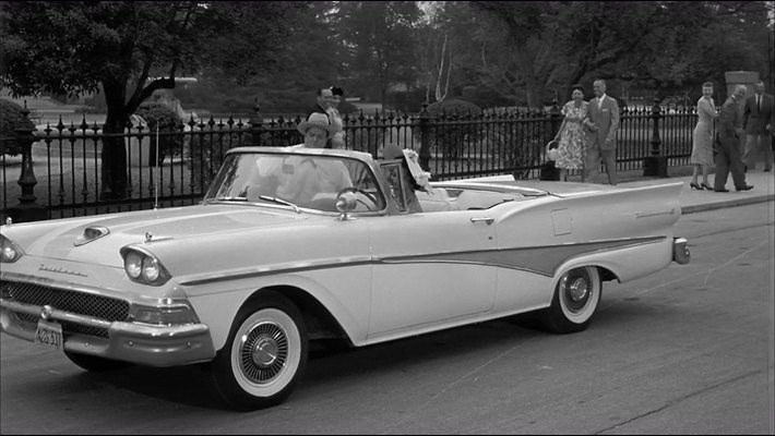 1958 Ford Fairlane 500 Skyliner Retractable Hardtop [51A]