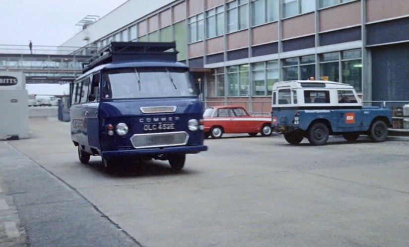 Land-Rover 88'' Series IIa Station Wagon BEA