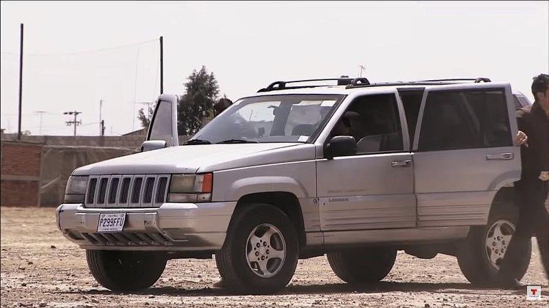 IMCDb.org: 1996 Jeep Grand Cherokee Laredo [ZJ] in La