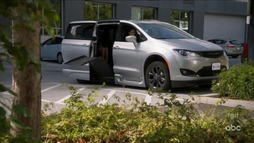 2018 Chrysler Pacifica Limited BraunAbility [RU]