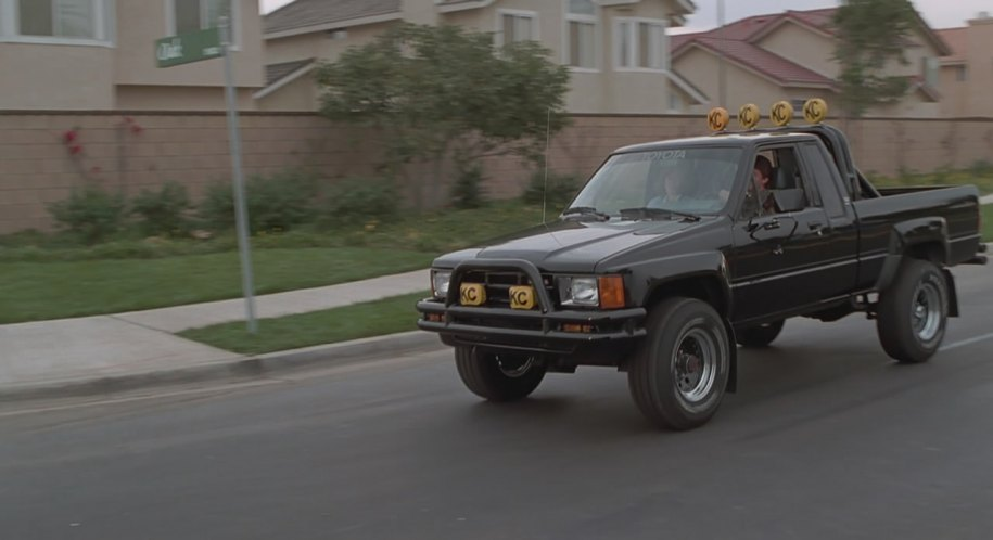 """Tacoma Back Pages >> IMCDb.org: 1985 Toyota Truck Xtra Cab 4x4 [RN65] in """"Back to the Future Part III, 1990"""""""