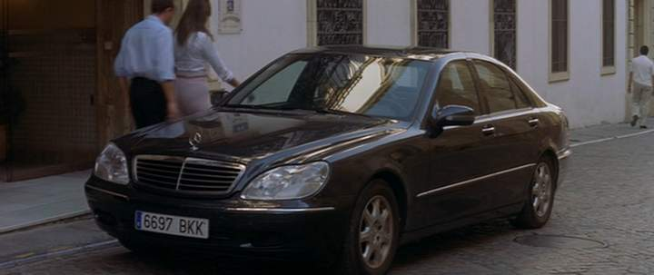 1999 mercedes benz s 320 cdi w220 in hable con ella 2002. Black Bedroom Furniture Sets. Home Design Ideas