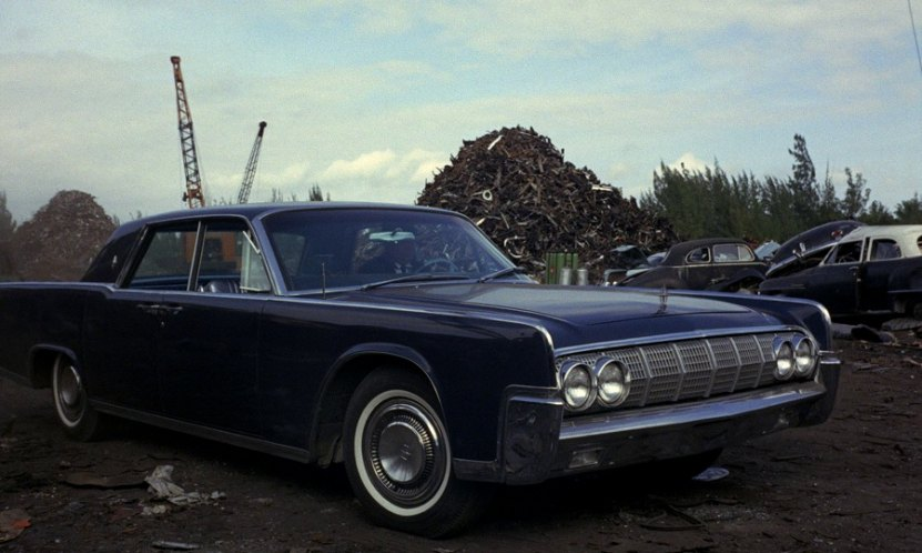 1964 lincoln continental four door sedan 53a in goldfinger. Black Bedroom Furniture Sets. Home Design Ideas
