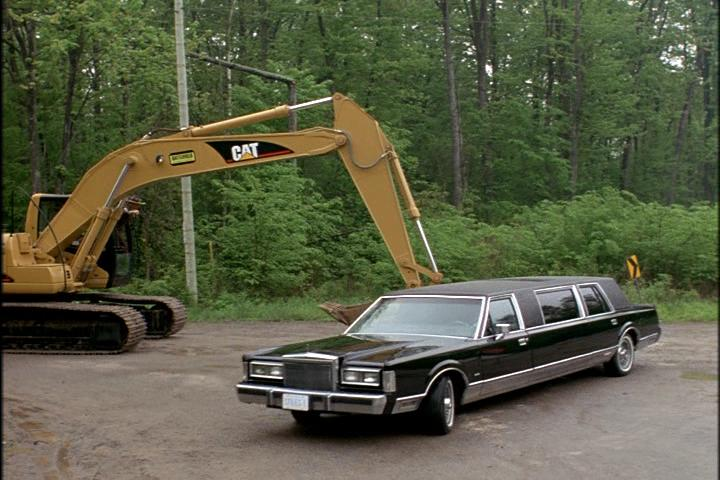 Imcdb Org 1988 Lincoln Town Car Stretched Limousine In
