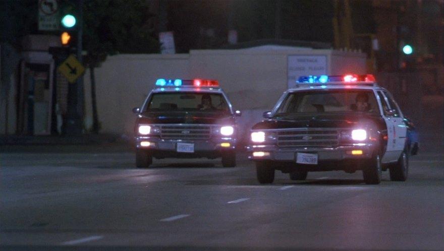 """Used 2014 Chevy Impala >> IMCDb.org: 1981 Chevrolet Impala 9C1 in """"Hard to Kill, 1990"""""""