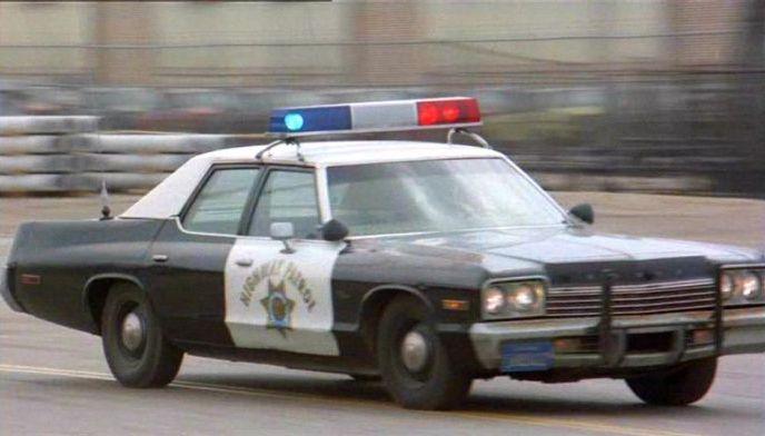 """IMCDb.org: 1974 Dodge Monaco in """"Deadline Auto Theft, 1983"""""""
