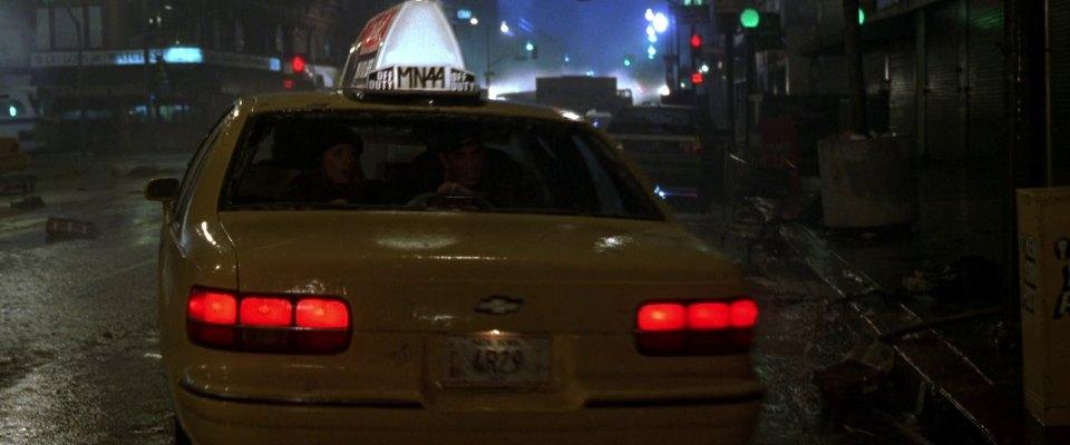 "IMCDb.org: 1992 Chevrolet Caprice in ""Godzilla, 1998"""