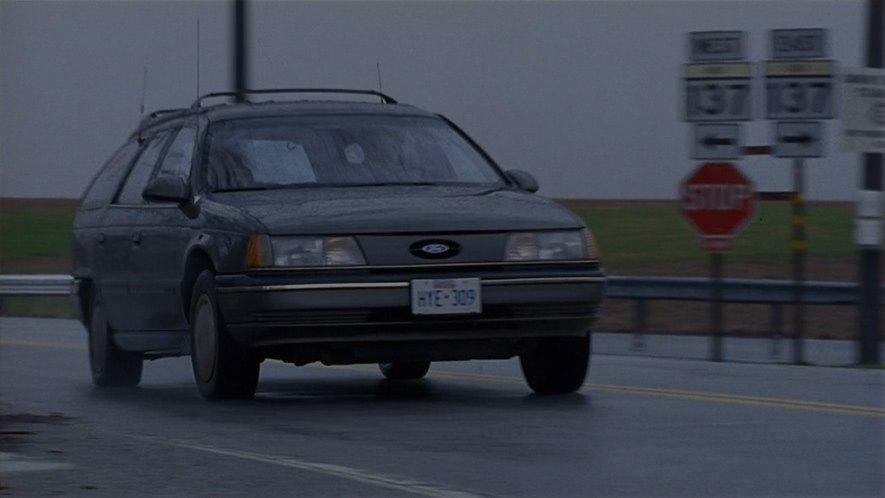 "Used Ford Taurus >> IMCDb.org: 1989 Ford Taurus Wagon in ""Guarding Tess, 1994"""