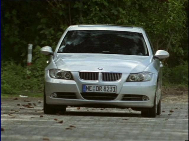 2006 BMW 330i [E90]