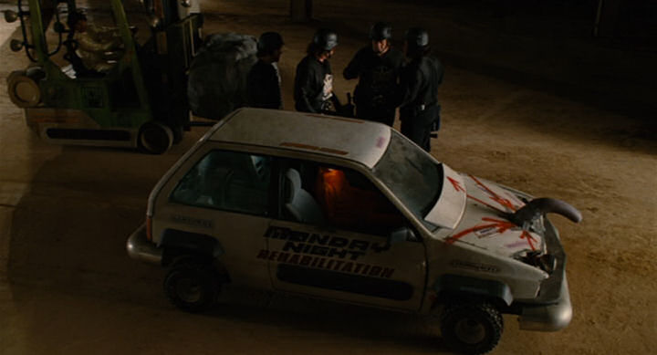 Imcdb Org 1988 Ford Festiva In Quot Idiocracy 2006 Quot