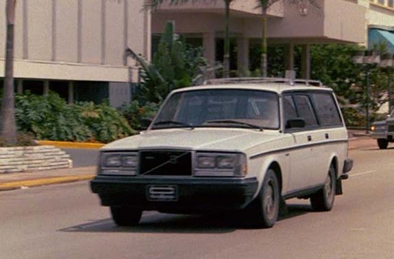 sport and car view: volvo 240 wagon turbo