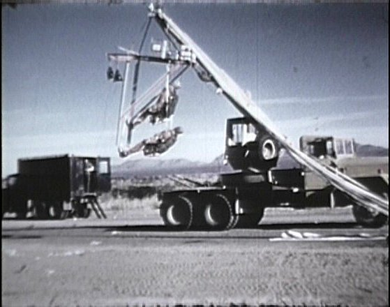 1951 International Harvester M-246 A2 Austin Western hydraulic crane 5 ton 6x6