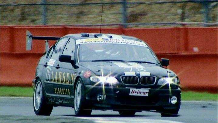 Bmw 330d M Sport Touring. Videos BMW 330d M