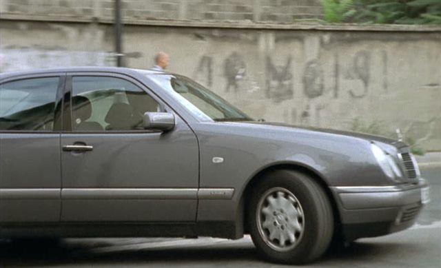 1996 Mercedes-Benz E 200 Elegance [W210]