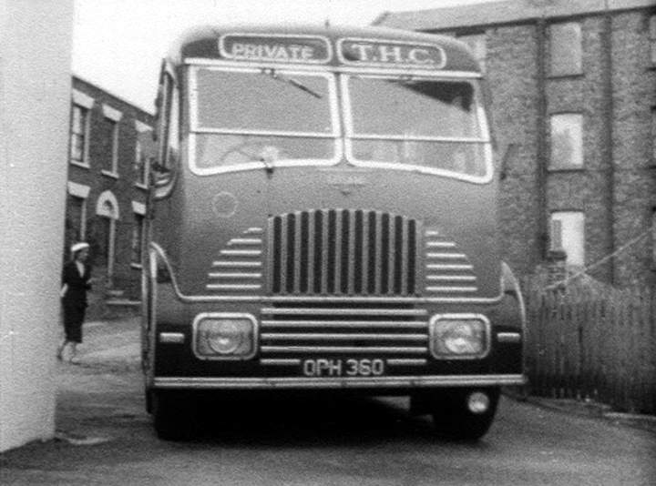 1950 Leyland Tiger Burlingham