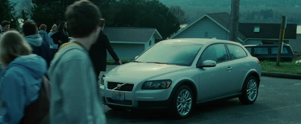 "IMCDb.org: 2008 Volvo C30 T5 In ""Twilight, 2008"""