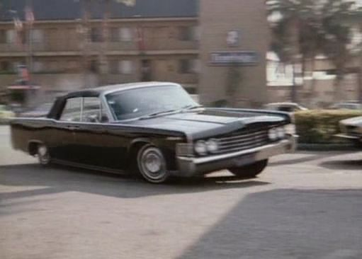 1965 lincoln continental in gleaming the cube. Black Bedroom Furniture Sets. Home Design Ideas