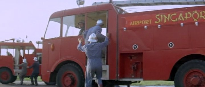Thornycroft Nubian Airport fire tender
