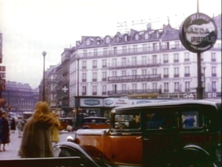 1933 renault taxi g7 type kz11 in the last time i saw paris 1954. Black Bedroom Furniture Sets. Home Design Ideas