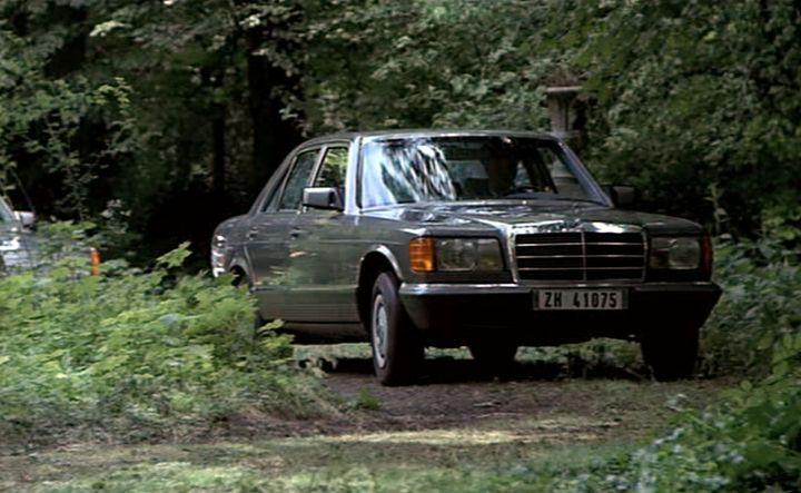 1980 mercedes benz 280 se w126 in tout feu. Black Bedroom Furniture Sets. Home Design Ideas