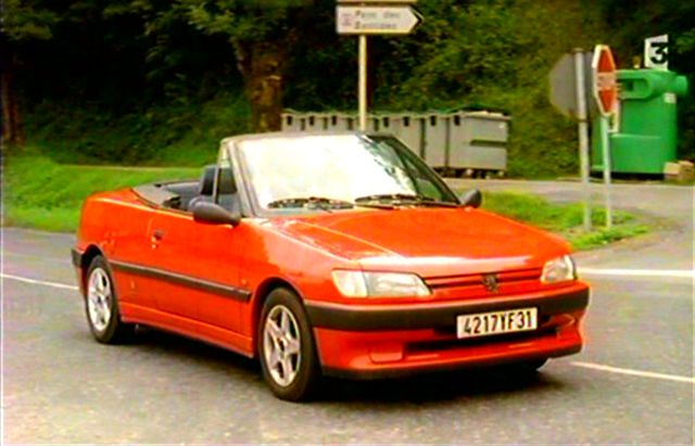 1994 peugeot 306 cabriolet in le causse d 39 aspignac 2000. Black Bedroom Furniture Sets. Home Design Ideas
