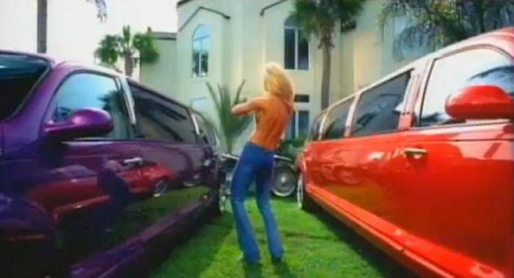 I on 2002 Chrysler Pt Cruiser Purple