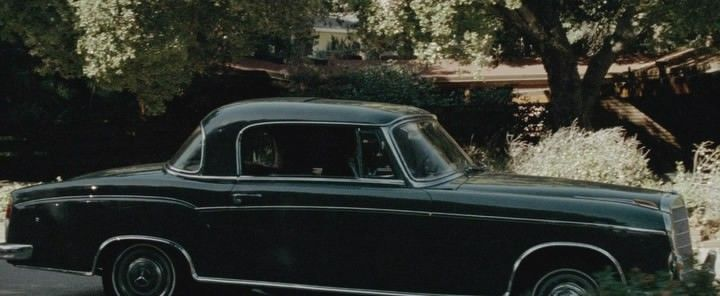 1957 mercedes benz 220 s coup in a single man 2009. Black Bedroom Furniture Sets. Home Design Ideas