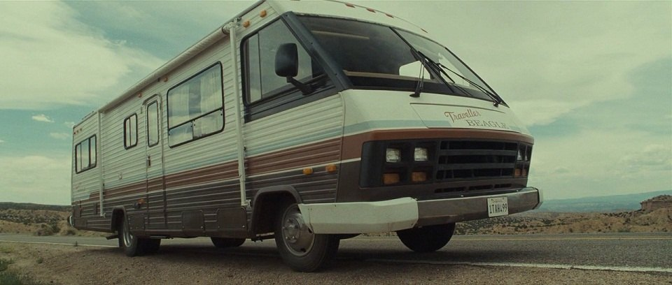 1987 Winnebago Chieftain 'Traveller Beagle'