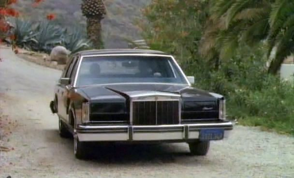 1982 lincoln continental mark vi in terminal force 1989. Black Bedroom Furniture Sets. Home Design Ideas