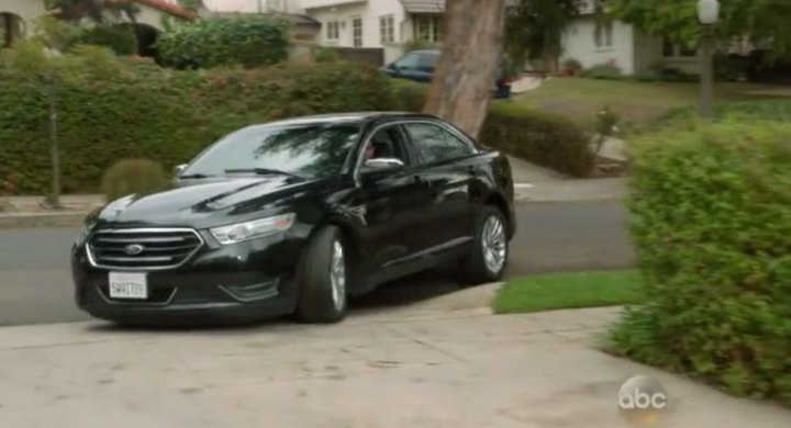 "IMCDb.org: 2013 Ford Taurus Limited in ""Modern Family ..."