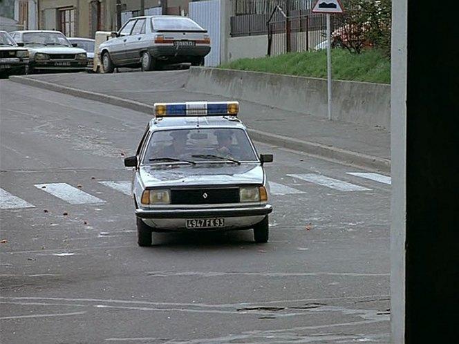 1979 renault 18 break police s rie 1 x34 in de bruit et de fureur 1988. Black Bedroom Furniture Sets. Home Design Ideas