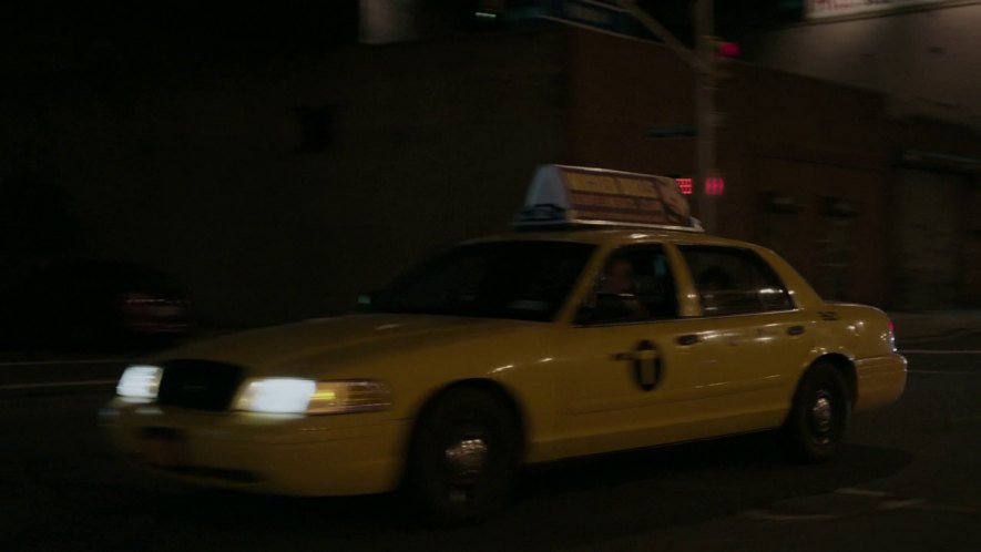 2003 Ford Crown Victoria Commercial Taxi Package [P70]