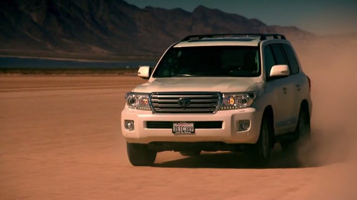 2013 Toyota Land Cruiser [J200]
