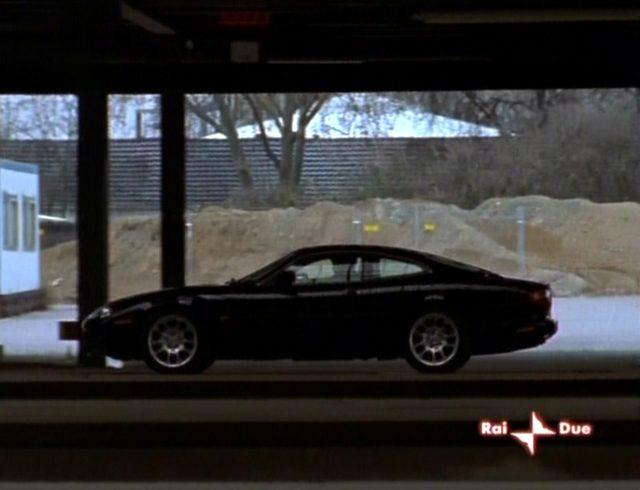 "IMCDb.org: 1998 Jaguar XKR X100 in ""Alarm für Cobra 11 ..."